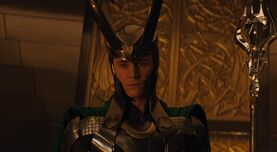Tom-in-Thor-loki-thor-2011-25135105-1281-544