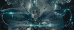 EnchantressAttackiertWaller