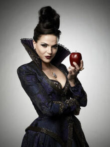 Once Upon time Queen8
