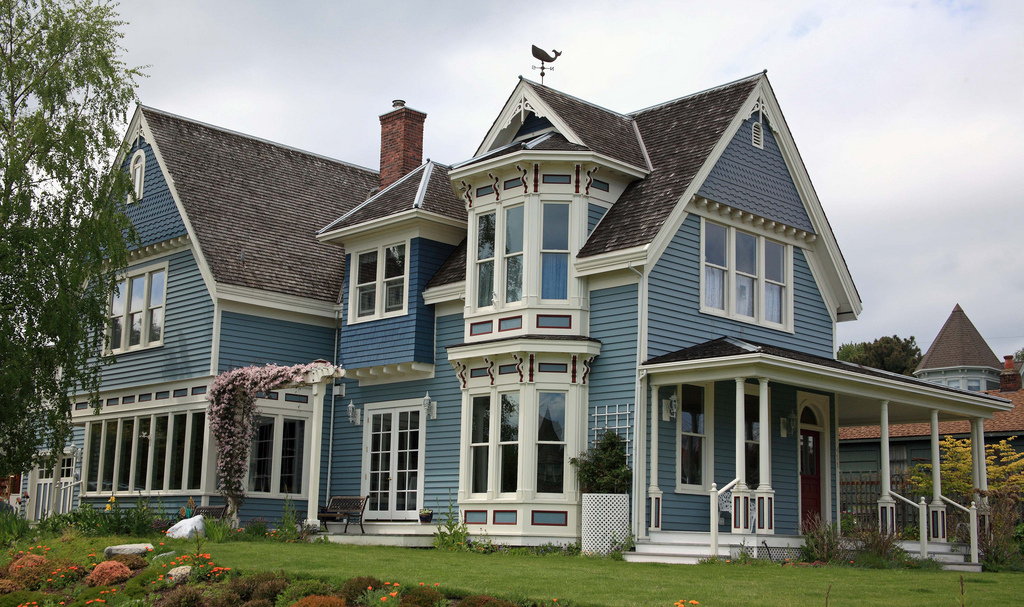 Victorian House Jpg