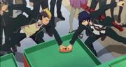 Rin y Bon pelean por la comida