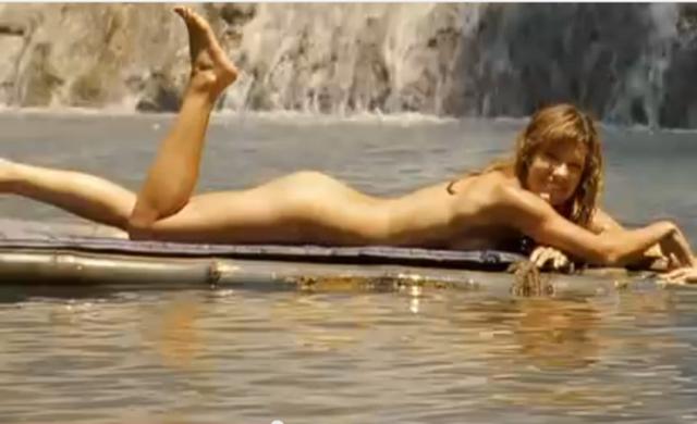 File:Gina skinny dipping 89.png