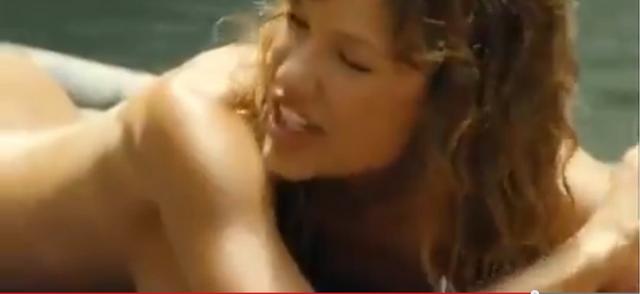 File:Gina naked close up 5.png