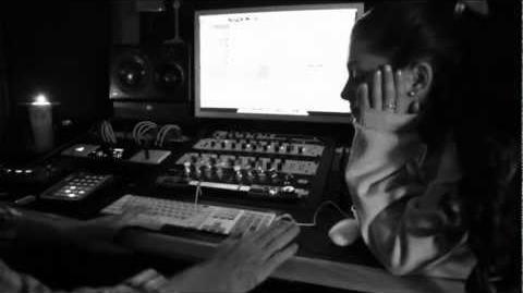 Emotions - Ariana Grande (Mariah Carey cover)