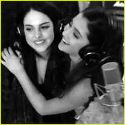 Ariana and Liz singing