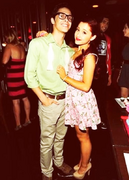 Jordan Viscomi y Ariana Grande