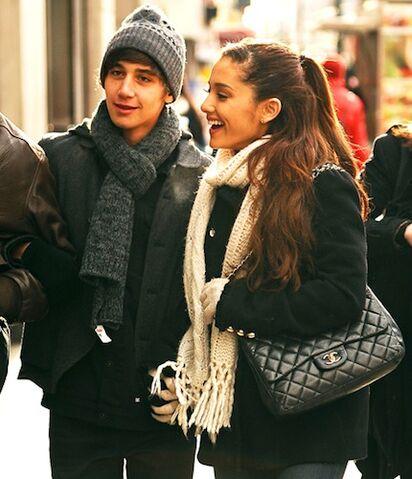 File:Ariana-grande-jai-brooks-10.jpg