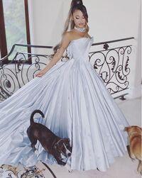 Ariana grammydress5