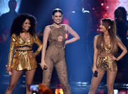 Rs 1024x759-141123200627-1024.jessie-j-ariana-nicki-minaj-american-music-awards-2014