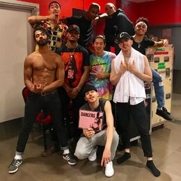 Dangerous Woman Tour Dancers