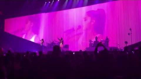 Ariana Grande - Esta Noche Ft