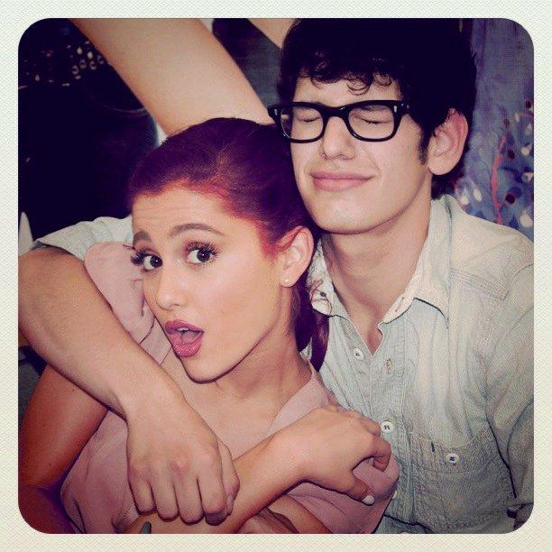 Is ariana grande dating matt bennett