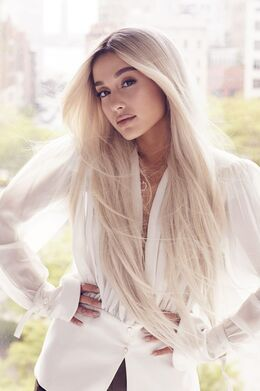 Ariana Grande ELLE photoshoot 2018