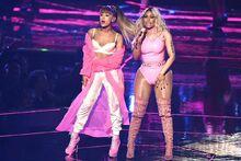 Ariana-Grande-and-Nicki-Minaj-Michael-Loccisano2