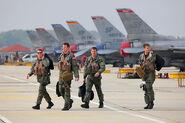 Piloten der USAF mit F-16