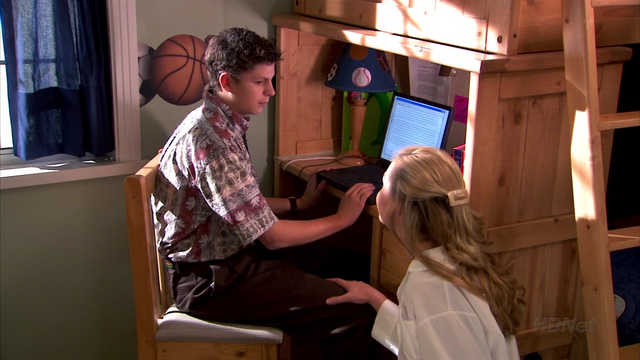 File:1x14 Shock and Awww (21).png