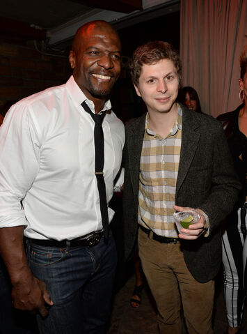 File:2013 Netflix S4 Premiere - Terry and Michael 01.jpg