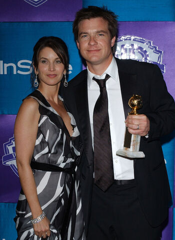 File:2005 Golden Globes - Jason and Amanda 02.jpg