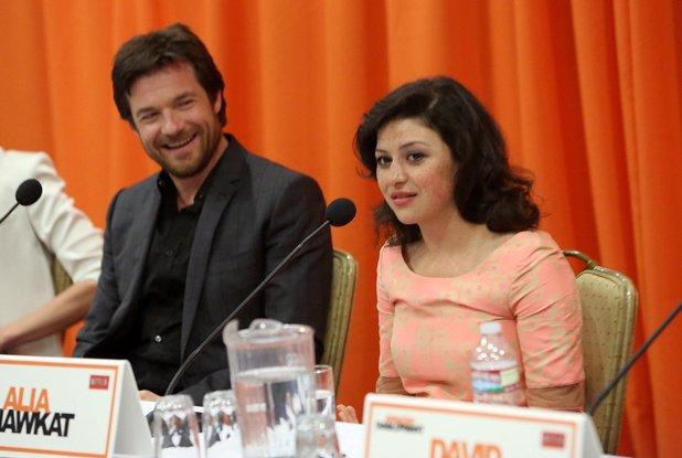 File:2013 Netflix Press Conference - Alia and David 02.jpg