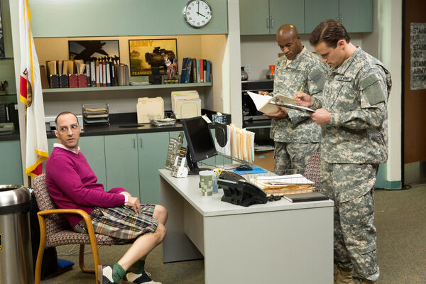 4x14 - Buster Bluth and Army 01