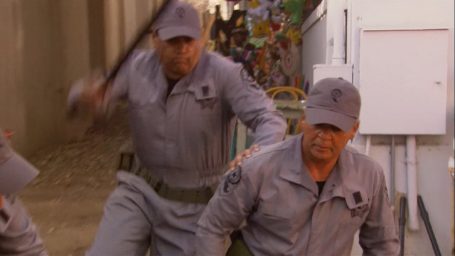 File:2x02 The One Where They Build a House (056).png