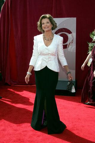File:2005 Primetime Emmy Awards - Jessica Walter 01.jpg