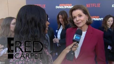 """Arrested Development"" Stars Dish on Season 5 E! Live from the Red Carpet"