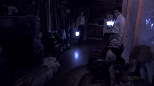 File:3x01 The Cabin Show (69).png