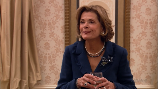 File:2x08 Queen for a Day (37).png
