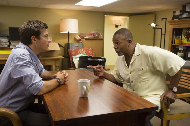 File:4x04 - Michael Bluth and Carl Weathers 01.jpg