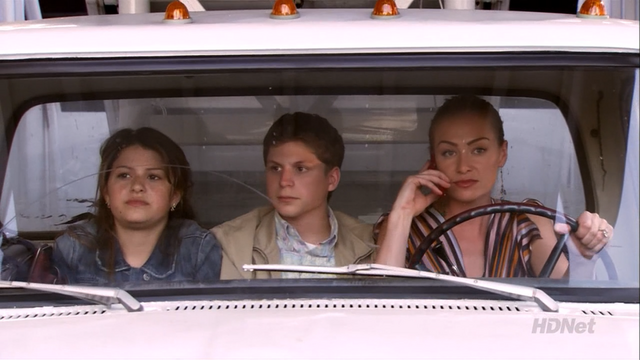 File:3x01 The Cabin Show (56).png