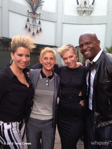 File:2013 Netflix S4 Premiere (Terry Crews) - Rebecca, Ellen, Portia and Terry.jpg