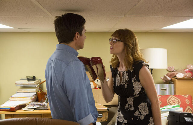 File:4x04 - Michael Bluth and Kitty Sanchez 01.jpg