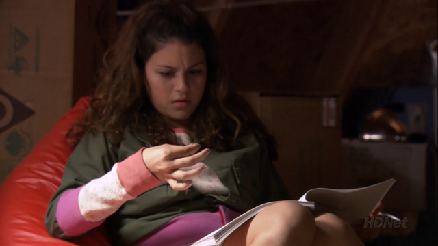 File:2x08 Queen for a Day (19).png