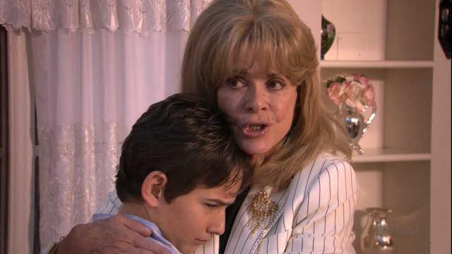 File:1x20 Whistler's Mother (09).png