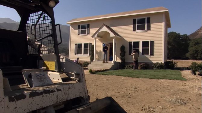 2x02 The One Where They Build a House (097)