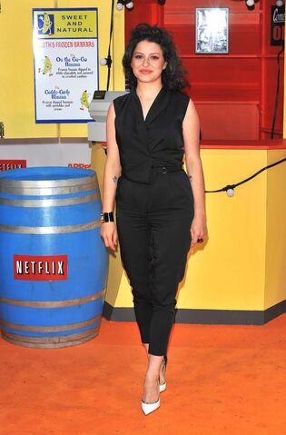File:2013 Netflix Premiere London - Alia Shawkat 01.jpg