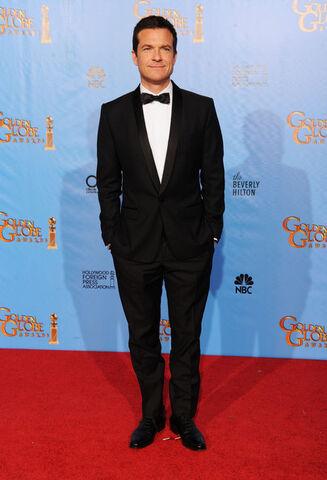 File:2013 Golden Globe Awards - Jason Bateman 02.jpg