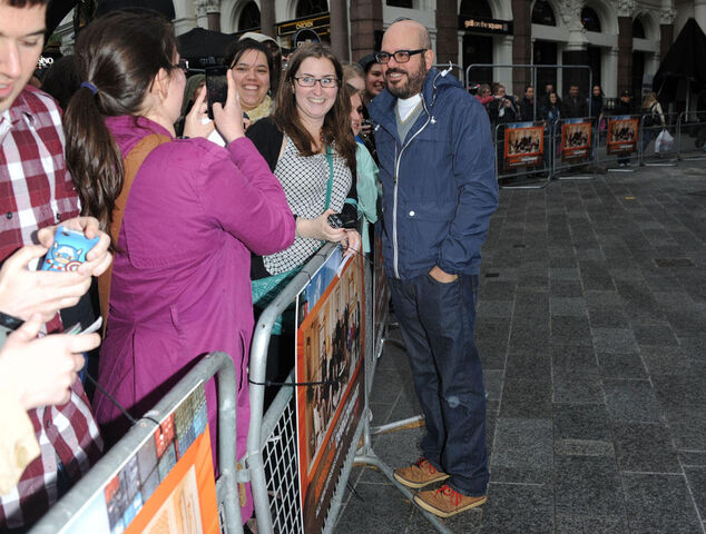 File:2013 Netflix Premiere London - David with Fans 01.jpg