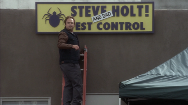File:4x07 Colony Collapse (127).png