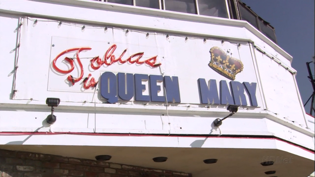File:2x08 Queen for a Day (54).png