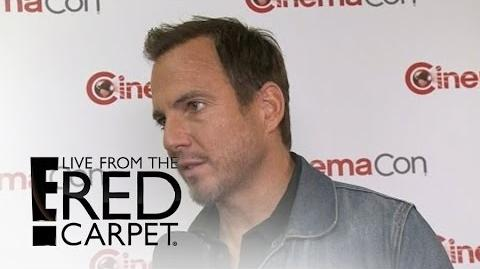 "Will ""Arrested Development"" Season 5 Happen? E! Live from the Red Carpet"