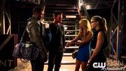 Arrow 3x05 Sneak Peek 1 Felicity's Mother - The Secret Origin of Felicity Smoak HD VOSTFR
