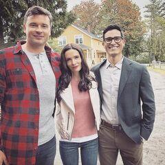 Clark (Smallville), Lois (Terre 38) et Clark (Terre 38).