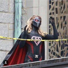 Overgirl? avec masque