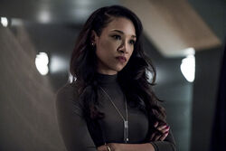 15.The Flash The Present-Iris West