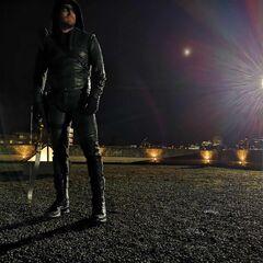 Dernière fois de Stephen Amell en costume pour Arrow!