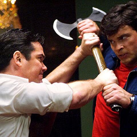 Dr. Curtis Knox dans Smallville