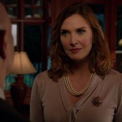 Lillian face à Lionel Luthor