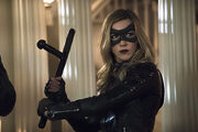 10.arrow-blood-debt-episode-tonfa